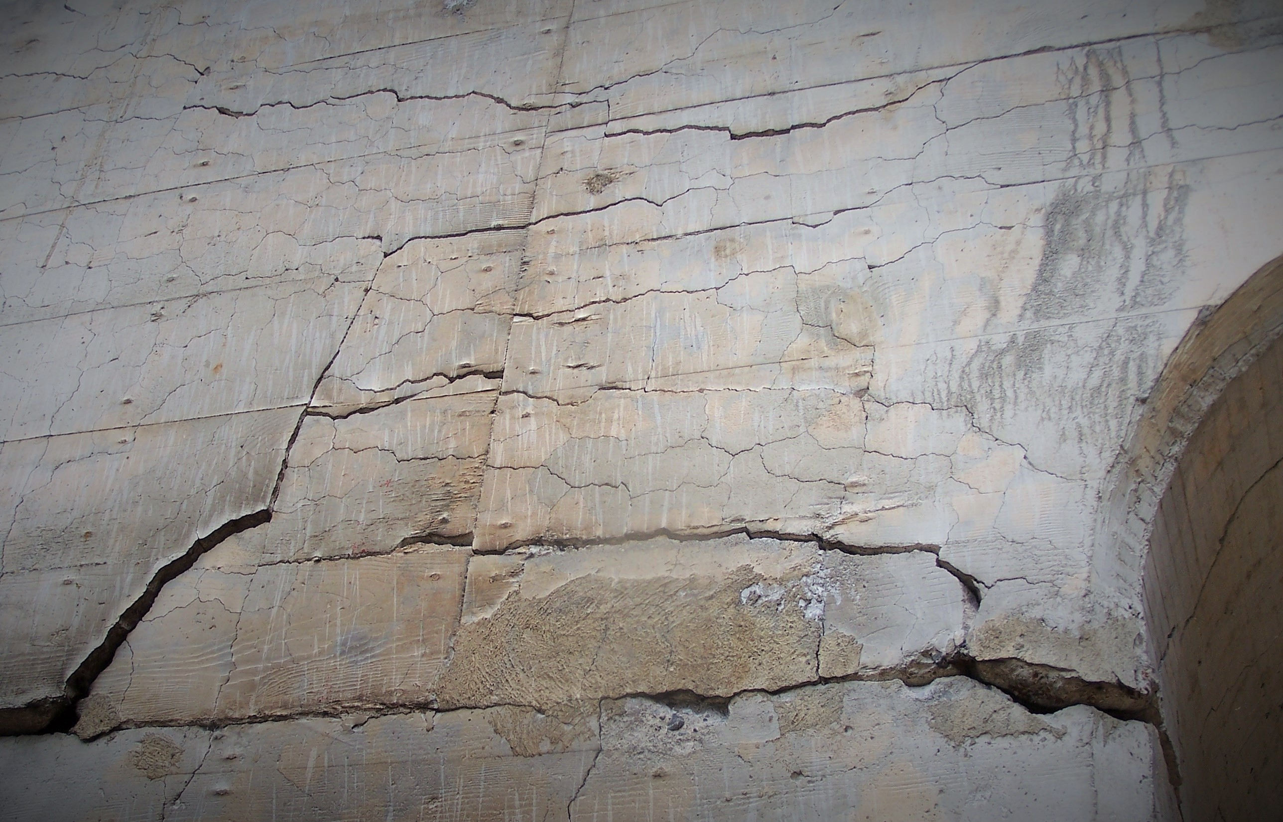 slab foundation cracks - HD 2576×1651